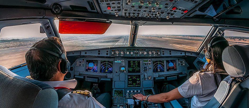 Как король Нидерландов пилотом стал